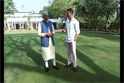 Pics of Days: अभिनेता अक्षय कुमार ने लिया पीएम मोदी का इंटरव्यू, उदित...