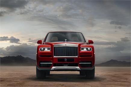 6.95 करोड़ की कीमत में Rolls-Royce ने भारत में उतारी लग्जरी SUV...