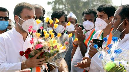 चुनावी रंग में रंगी बिहार की धरती