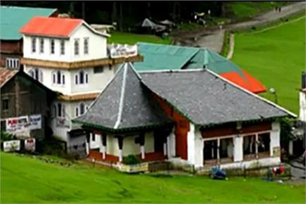 आस्था स्थली: खजिनाग मंदिर, खज्जियार, हिमाचल प्रदेश लोक आस्था के देव...