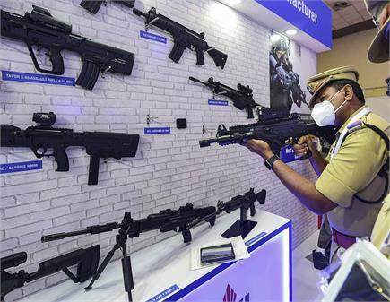 International Police Expo: गोला-बारूद, ड्रोन, बख्तरबंद वाहन बने Expo...