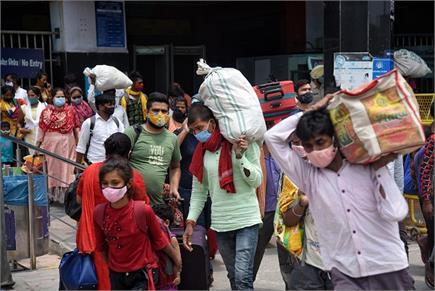 unlock India: दिल्ली में लौटने लगे मजदूर, जयपुर में लगा लंबा...