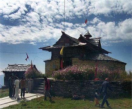 मंदिर का अनोखा रिवाज, यहां पति-पत्नी एकसाथ नहीं कर सकते दर्शन(PICS)