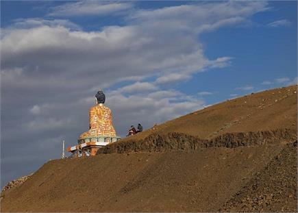 हिमाचल में तिब्बत और भारत के बीच बसा यह खूबसूरत इलाका (Watch Pics)
