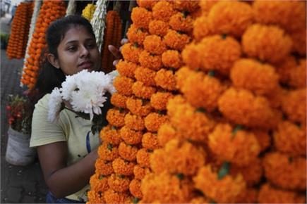 गुवाहाटी की सुबह का नजारा, फूलों की खुश्बू से महका सवेरा