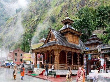 इस मंदिर के गेट साल में खुलते हैं दो बार, (PICS)