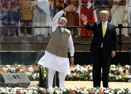 जादू की झप्पी, साबरमती आश्रम में चरखा और थैंक्यू Modi...भारत में...