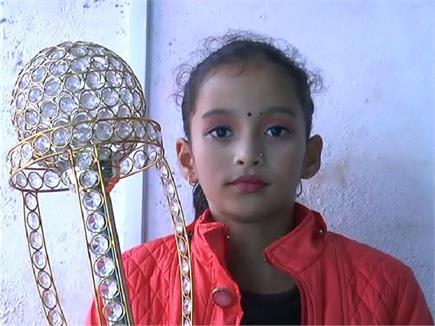 Yoga Girl के जज्बे को सलाम, Himachal Got Talent में विजेता बन चमकाया...