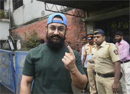 महाराष्ट्र विधानसभा चुनाव: जमीन पर उतरे सितारे-सचिन तेंदुलकरसे लेकर...