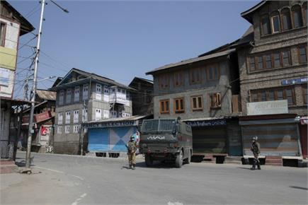 कोरोना वायरसः जम्मू-कश्मीर में सूनी पड़ी सड़कें...लोगों के घर पहुंची...