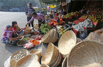 देश के कई हिस्सों में आज से छठ पूजा की शुरुआत, बाजारों में खरीददारी...