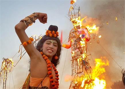 हरियाणा में मनाया गया दशहरा पर्व, देखें मनमोहक तस्वीरें