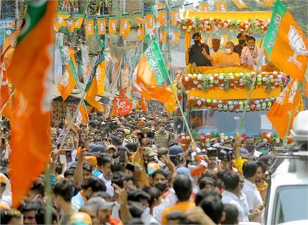 Vidhan sabha election: पूरी ताकत के साथ मैदान में उतर रहे नेतागण