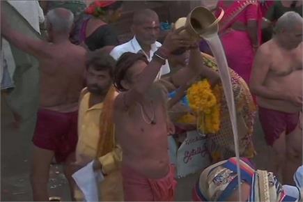 श्रावण मास: काशी और प्रयागराज में लगा शिव भक्तों का तांता
