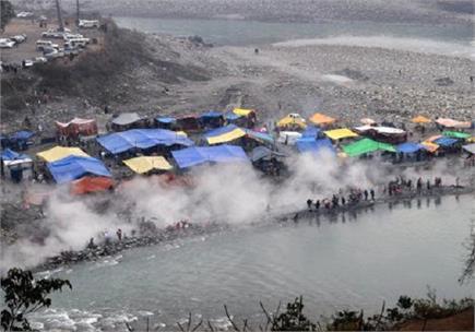 ऋषि जमदग्नि की तपोस्थली में हजारों ने लगाई आस्था की डुबकी (PICS)