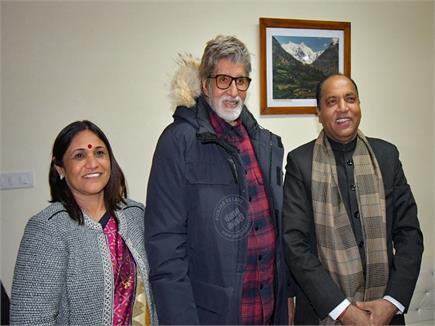 Big B से मिले Giant J :मनाली में cm Amitabh की मुलाकात(PICS)