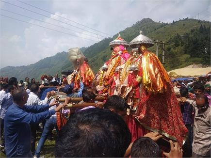 हिमाचल में सदियों से चली आ रही ये अनूठी परंपरा, जानिए क्या है रहस्य...