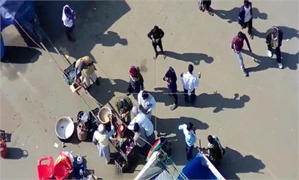 शाहजांहपुर दिल्ली जयपुर हाईवे पर कृषि कानूनों के खिलाफ डटे किसान पर