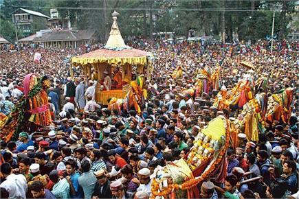 रघुनाथ जी की भव्य रथयात्रा के साथ कुल्लू दशहरा उत्सव का श्रीगणेश