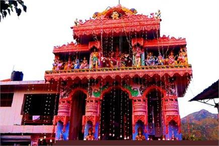 चंबा का अनोखा मंदिर, जहां माता की मूर्ति को आता है पसीना (Watch Pics)