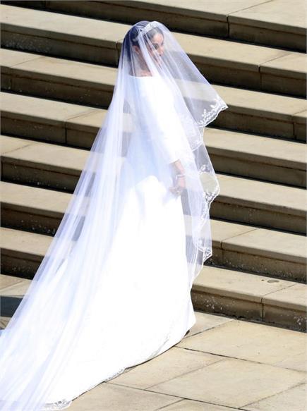 देखें शाही शादी की तस्वीरे, बेहद खूबसुरत लग रही थी मेगन