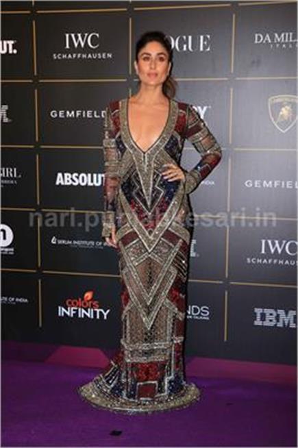 Vogue Awards: करीना ने दिखाई डीप क्लीवेज तो ओवरसाइज्ड पेंटसूट पहन...