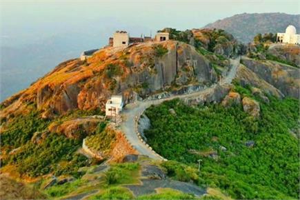 गर्मियों की छुट्टी में लें Spiritual Tourism का आनंद