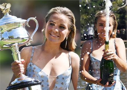 शैम्पेन के साथ Sofia Kenin ने सेलिब्रेट की आस्ट्रेलियाई ओपन की जीत