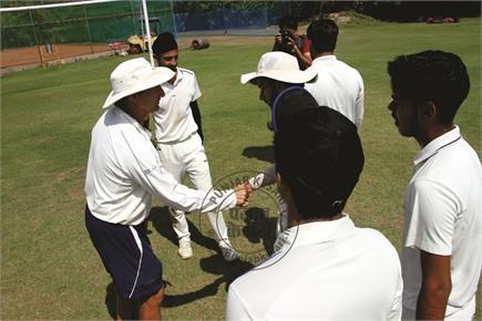 आस्ट्रेलियाई कोचों ने जालंधर के दिल्ली पब्लिक स्कूल में युवाओं को दी...
