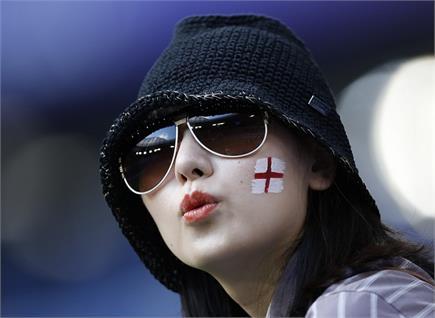 फीफा विश्व कप : इंगलैंड की जीत पर मना जश्न, देखें फोटोज