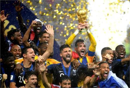 देखें फीफा विश्व कप फाइनल की कुछ यादगार तस्वीरें