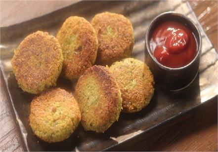 homemade  crispy  potato dal tikki  flavor