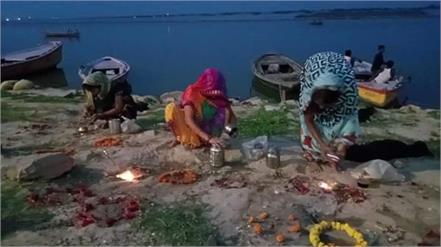 uttar pradesh women prayer of corona mai