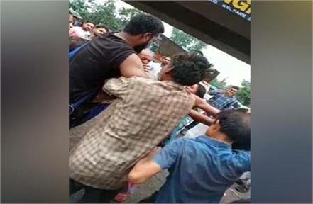 husband wife beaten case jalandhar