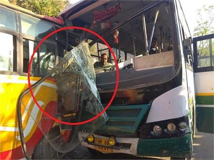two buses hit chandigarh manali nh