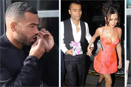 ashley cole uses controversial smokeless tobacco snus