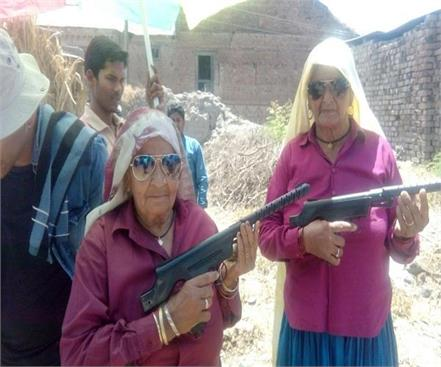 anurag kashyap will make bollywood movie on shooter dadi
