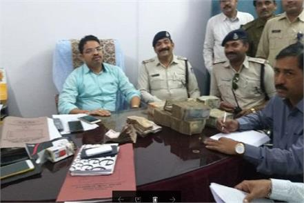 2 million received by car in chhatarpur