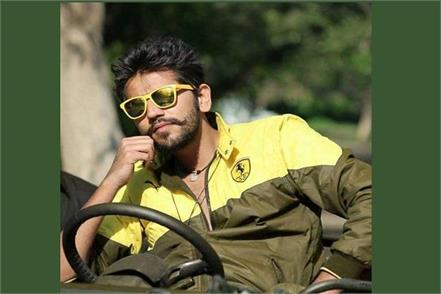 romil chaudhary fans rally for voting in fever romil