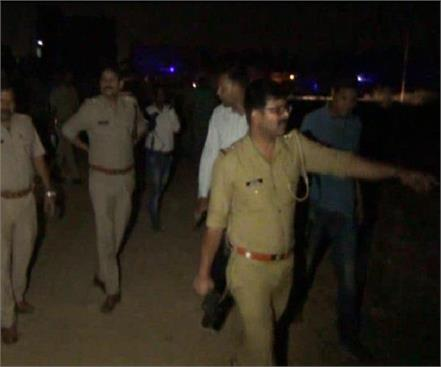 police and badmashan late night encounter