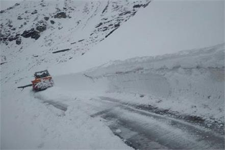 clear the way to manali to leh
