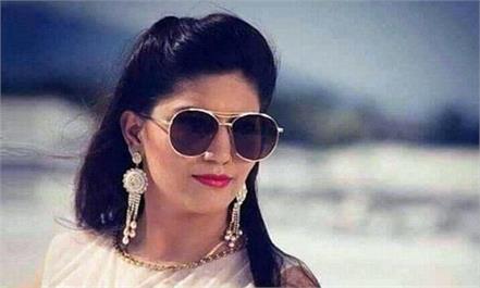sapna chaudhary met sonia gandhi said i like her