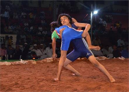 savi patel an eight year old rising as new dangal girl