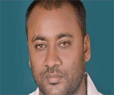 bjp leader absconding after trying to rescue brother from police station