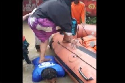 kerala flood ndrf social media