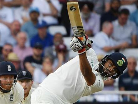 rishabh pant gets off the mark with a six