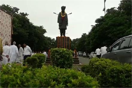 105th birth anniversary of devi lal celebrated across the country