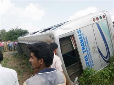 bus accident in bhopal