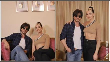 pop singer dua lipa meet with shahrukh