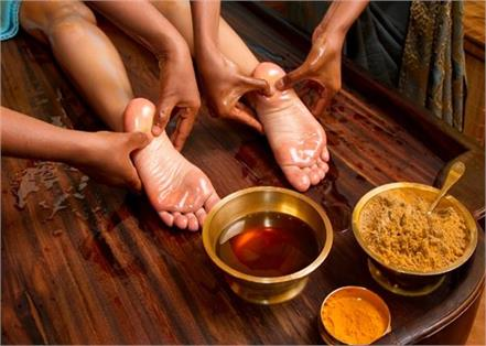 before sleep 10 minutes massage your feet for get this 10 benefits